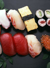 お魚屋さんの握り盛り合わせ 777円(税抜)