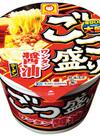 ごつ盛り ワンタン醤油ラーメン 89円(税抜)