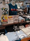キャラクターTシャツ 880円(税抜)