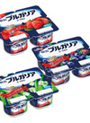 ブルガリアヨーグルト(芳醇いちご/ブルーベリー/アロエ) 118円(税抜)