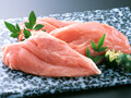 国産若鶏ムネ肉 63円(税込)