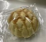 メロンパン 108円(税込)