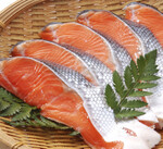 甘塩銀鮭切身 410円(税込)