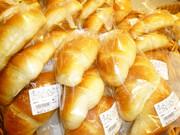 塩バターロール 220円(税抜)