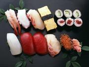 海鮮にぎり盛合せ 498円(税抜)