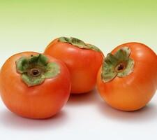 富有柿(甘柿) 105円
