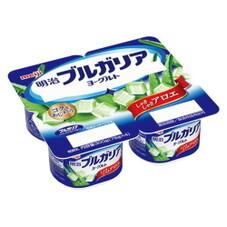 明治ブルガリアヨーグルトしゃきしゃきアロエ 148円(税抜)
