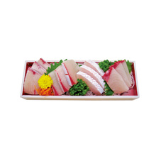 ぶり刺身料亭造り(養殖) 498円(税抜)
