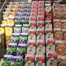 100%果汁ジュース 各種 138円(税抜)