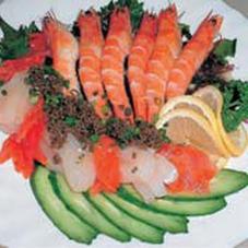 海鮮サラダ 350円(税抜)