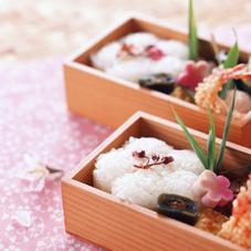 海鮮ちらし丼 350円(税抜)