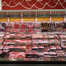 黒毛和牛肩肉・ばら肉各種 780円(税抜)
