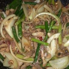 豚肉ニンニクの芽炒め 98円(税抜)