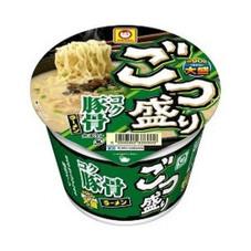 ごつ盛り コク豚骨ラーメン 88円(税抜)