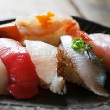 本まぐろ入握り寿司セット14貫 1,270円(税抜)