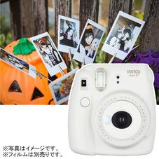 インスタントカメラ「チェキ」 8,480円(税抜)