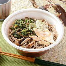 鶏きのこ山菜そば 498円