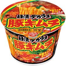 日清デカうま 豚キムチ 95円(税抜)