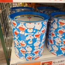 ベール缶 ドラえもん 1,000円(税抜)
