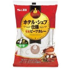 ホテル・シェフ仕様 特製ビーフカレー4個パック 中辛 295円(税抜)