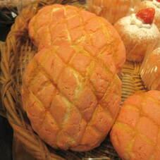 ストロベリーチーズメロンパン 150円(税抜)