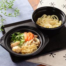 鍋から〆まで楽シメる! 鶏塩ちゃんこ鍋 530円