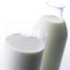 牛乳 198円(税抜)