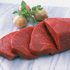 牛肉もも部位(すき焼用切落とし・ステーキ用) 398円(税抜)