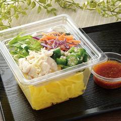 鶏ささみとオクラのこんにゃく麺サラダ 330円