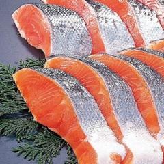 銀鮭(養殖・解凍)切身 137円(税抜)