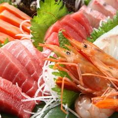 お刺身海鮮盛り合せ5点盛り 698円(税抜)