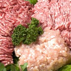 牛豚ひき肉(国産牛肉、国産豚肉使用)解凍 128円(税抜)