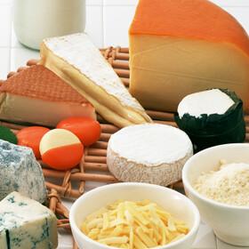 とろけるミックスチーズ 430円(税込)