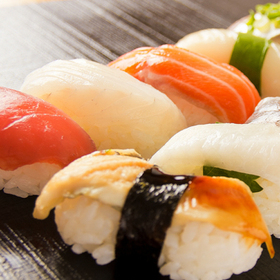 握り寿司セット10貫 497円(税抜)