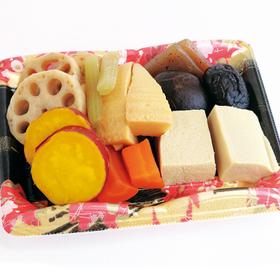彩り煮物盛合せ 387円(税込)