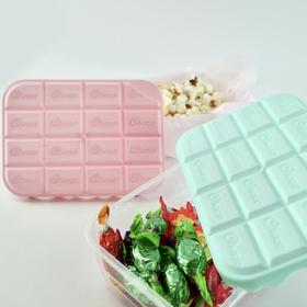 ★フタが立体的な板チョコデザインの保存容器☆ 100円(税抜)