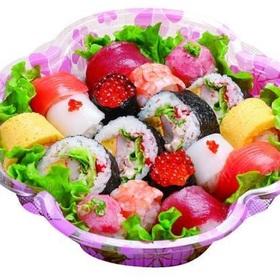 手まり寿司〈フラワー〉 980円(税抜)