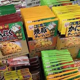 チャーハンの素 77円(税抜)