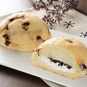 チョコメロンパン チョコチップ&ホイップ 150円(税込)
