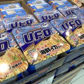 焼そばUFO濃い濃い海鮮イカ味焼そば 213円(税込)