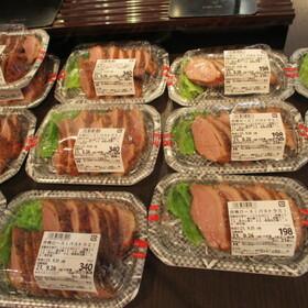 合鴨ロース肉各種 368円(税込)