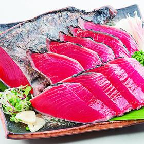 刺身用一本釣り 藁焼かつおたたき(血合取り) 214円(税込)