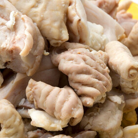 豚ホルモン味付け焼肉用 107円(税込)