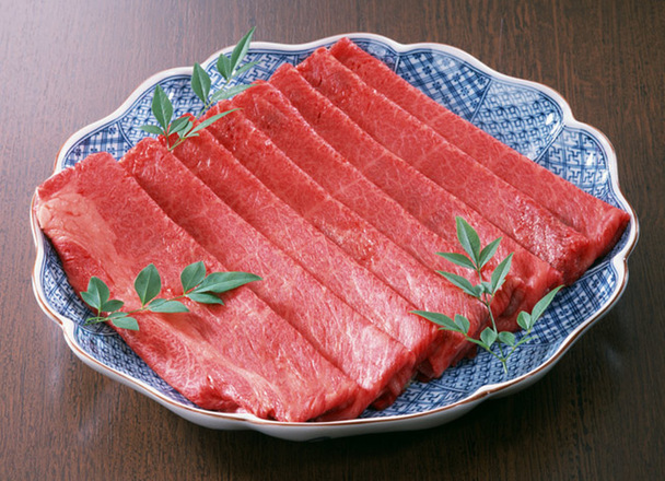 牛うす切りモモ 380円(税抜)