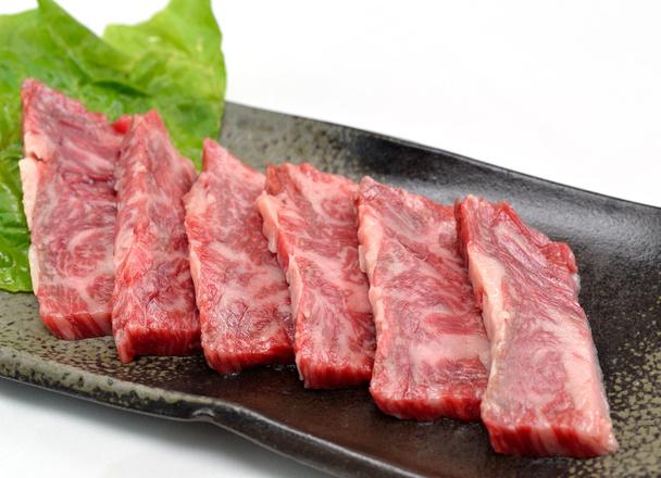 牛バラ焼肉用 123円(税抜)