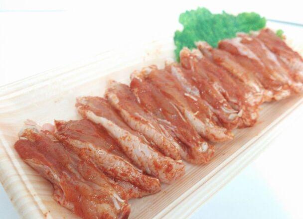 若鶏手羽中味付け 98円(税抜)