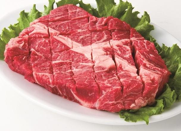 【イチオシ】牛肉肩ロースステーキ用 228円(税抜)