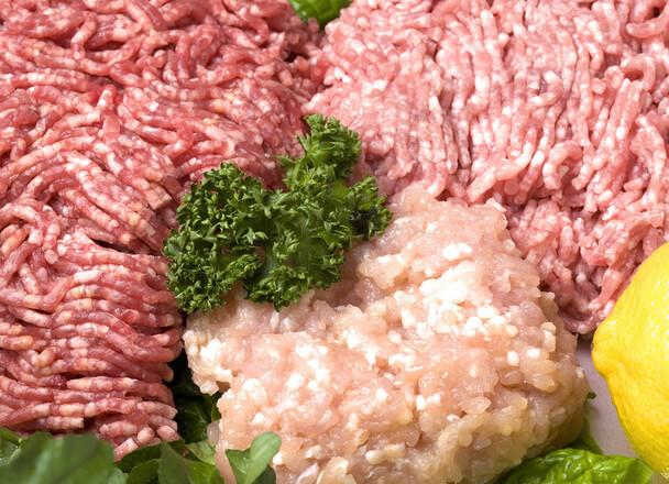 若鶏挽肉(ムネ肉使用) 58円(税抜)